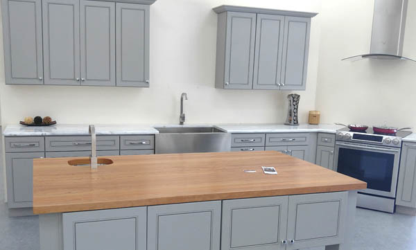 The Finest Real Solid Wood Kitchen Cabinetry At The Lowest Prices On The  Market.