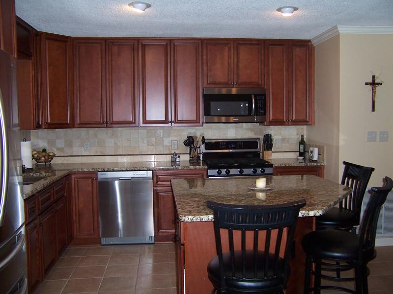 Kitchen Remodel – Raleigh Premium Cabinets